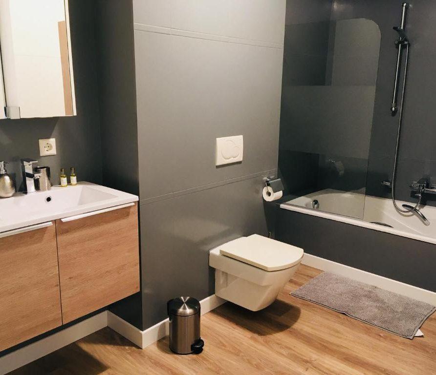 LuxFlat bathroom