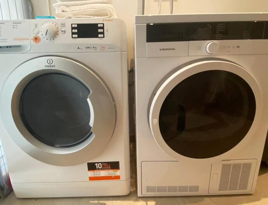 Luxembourg Garden Flat - washer and dryer
